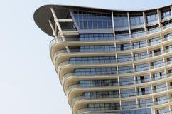 Construction moderne d'hôtel Photo libre de droits