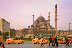 ISTANBUL, TURKEY - MARCH 26, 2012: New mosque in early morning. royalty free stock image