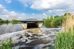 Construction néerlandaise pour la purification d'eau potable  photo stock