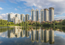 The construction of new residential houses in Moscow on Mosfilmo Stock Photography