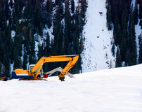Construction shovel in snow Royalty Free Stock Photography