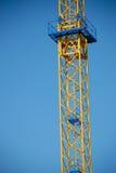 Construction sous forme de tour avec l'échelle Photos libres de droits