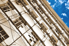 Construction work with working scaffold Royalty Free Stock Photos