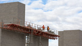 Free Construction Workers Working On Masonry Royalty Free Stock Photos - 48355278