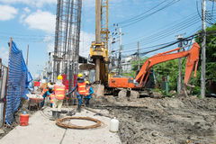Construction workers working in site bridge piling Royalty Free Stock Photos