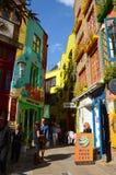 Constructions colorées à la cour de Neal à Londres Photo libre de droits