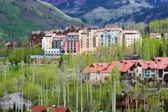 Constructions colorées d'hôtel Image stock