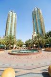 Constructions de corporation à Dubaï Photos libres de droits