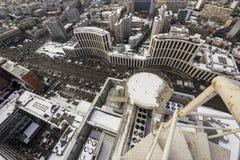 Constructions sur le gratte-ciel Images stock