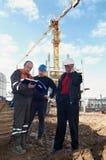 Constructores en el emplazamiento de la obra Imagenes de archivo