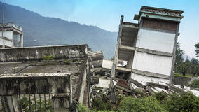 Construções do terremoto de Wenchuan, Sichuan de dano Fotografia de Stock Royalty Free