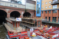 Construindo a estação de trilho sul nova de Leeds da entrada Fotografia de Stock