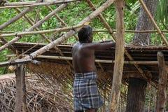 Construindo uma cabana imagens de stock