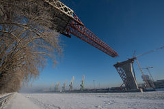 Construindo uma ponte Foto de Stock Royalty Free