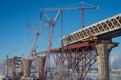 Construindo uma ponte Fotografia de Stock Royalty Free