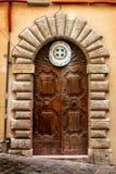 Consulat de la Grèce Vieille trappe en bois Image stock