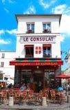 Consulat jest Francuskim tradycyjnym kawiarnią lokalizować w Montmartre, Paryż, Francja Obraz Royalty Free