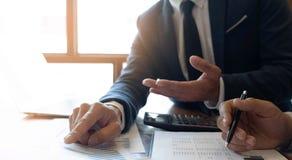Consultant en matière de comptabilité, planification de planification de Financial Consultant Financial de conseiller commercial image libre de droits