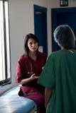 Consultation de chirurgiens Images libres de droits