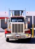 Consulte o caminhão na doca Imagem de Stock Royalty Free