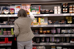 Consumerse �life in aldi grocery store Stock Photos