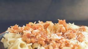 Consumición de la placa de las pastas italianas tradicionales