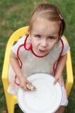 Consumición del alimento de los pasteles Fotos de archivo libres de regalías