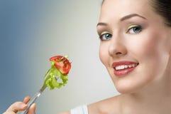 Consumición del alimento sano fotografía de archivo