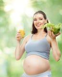 Consumición del alimento sano Imagen de archivo libre de regalías