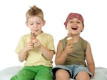 Consumición del helado Fotografía de archivo