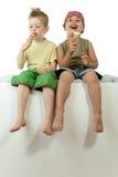 Consumición del helado Imagen de archivo