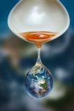 Consumo de combustible de la energía del aceite del mundo del concepto stock de ilustración
