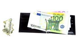 Conta amarrotada de cem dólares e carteiras Imagens de Stock Royalty Free