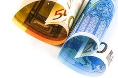 Conta do euro dois sob a forma de um coração Foto de Stock