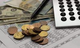 Contabilità, calcoli di affari, calcolatore, conteggio dei fondi fotografia stock