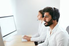 Contact Center Agent Consulting Customers Online Royalty Free Stock Images