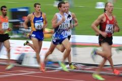Contact d'athlétisme à Prague - 1500 mètres emballent Images libres de droits