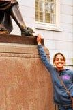 Contact du pied à la statue de trois mensonges images libres de droits