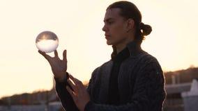 Contact het jongleren met stock videobeelden