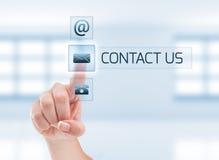 Contacte-nos conceito usando a mão da mulher Imagem de Stock Royalty Free