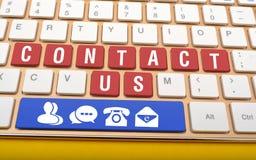 Contacte-nos em chaves de teclado com ícones no espaço Imagens de Stock