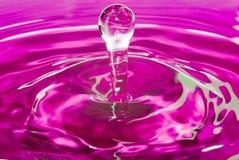 Contacto púrpura del agua Foto de archivo