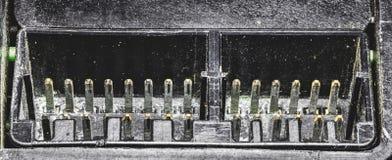 Contacts électriques de la vieille unité électronique image stock