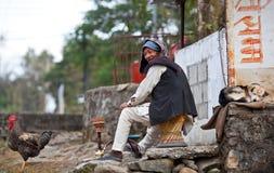 Contadino di Gurung ed i suoi animali domestici Fotografie Stock