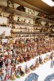 Contador con las figuras para crear escenas de la Navidad Foto de archivo libre de regalías