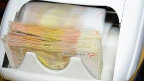 Contador del dinero del efectivo y detector de billetes de banco metrajes