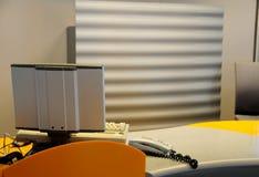 Contador del escritorio del aeropuerto Imagen de archivo