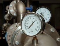 Contador industrial de la temperatura del agua Imagen de archivo libre de regalías