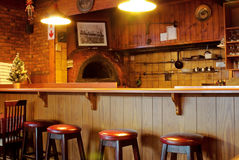 Contador interior de la barra del restaurante de la familia, cocina foto de archivo