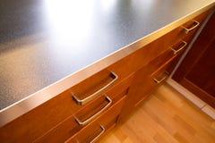 Contador y cajón de cocina Imagen de archivo libre de regalías